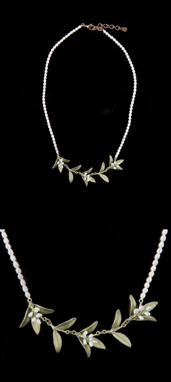 桃金娘珍珠项链